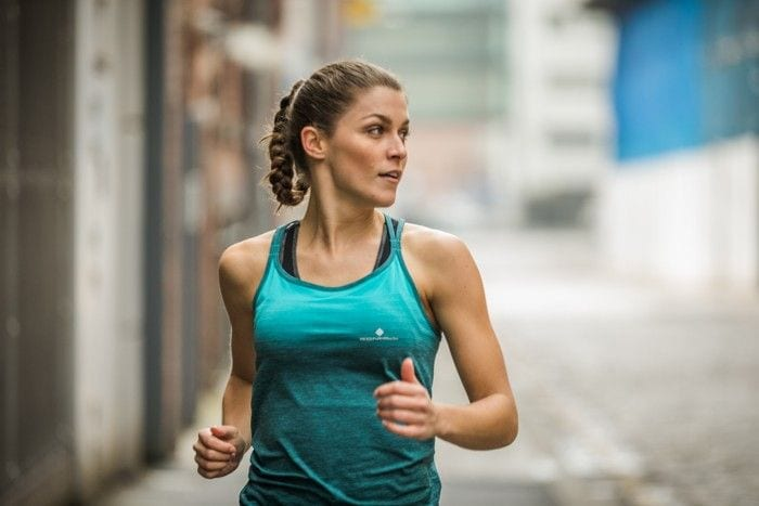 Polera para correr mujer